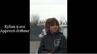Kylian, 9 ans, apprenti drifteur, s'est lancé sur le circuit de Lurcy